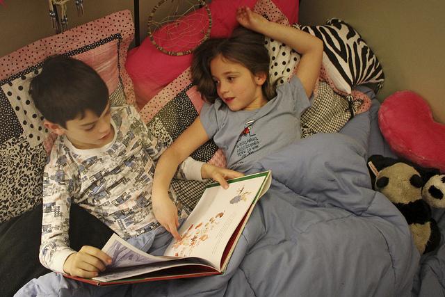 bakat anak gemar membaca menulis