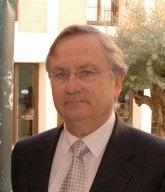 Justo Aznar.Director Justo Aznar.Director del Instituto de Ciencias de la Vida Universidad Católica de Valencia