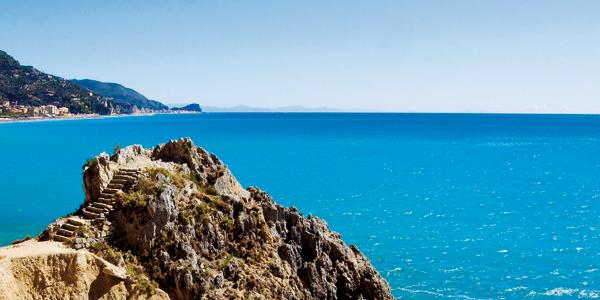 I mille colori della Liguria oltre il mare verde e cultura  Liguria lestate da vivere  Genova