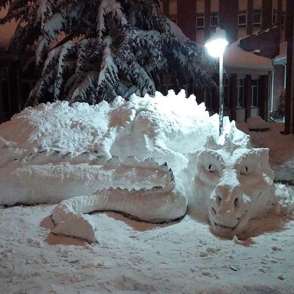 snow-sculpture-art-snowman-winter-39__605