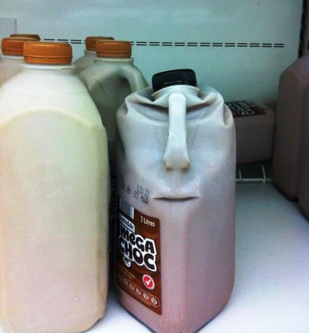 chocolate-milk-easter-island-610x657