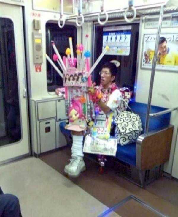 weird-strange-people-subway-17
