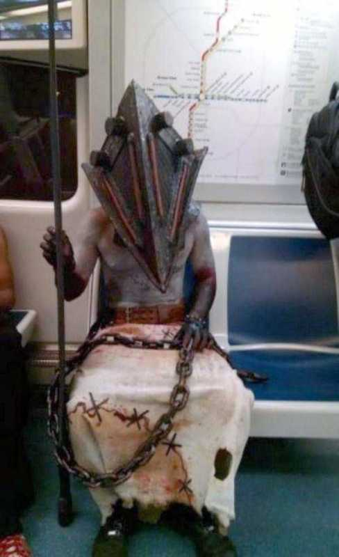 weird-strange-people-subway-2