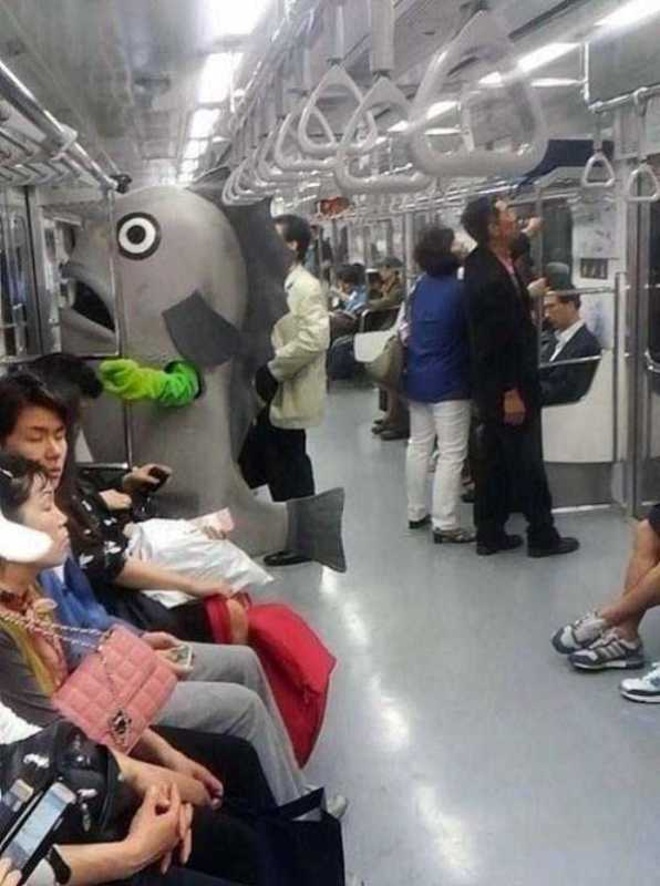 weird-strange-people-subway-33