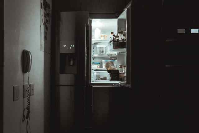 Can the Refrigerator and Microwave Be Installed on the Same Circuit?