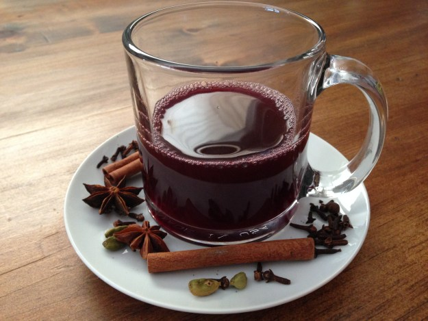 Glühwein, not Glühbier. But the spices are similar.