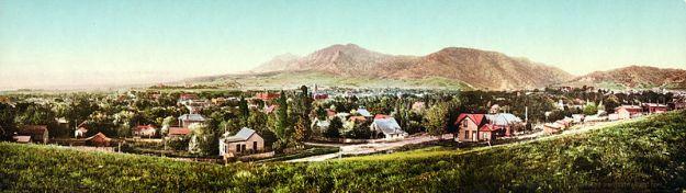BoulderColorado (Photochrome Print ca 1900 - Public Domain)