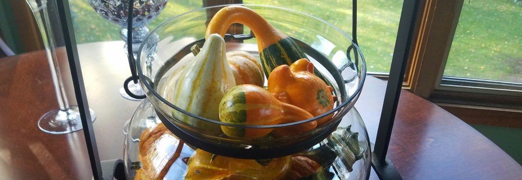 cauldron-and-gourds