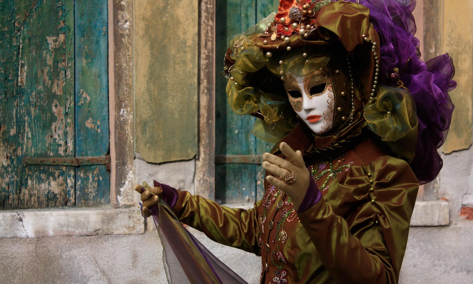 Carnevale woman