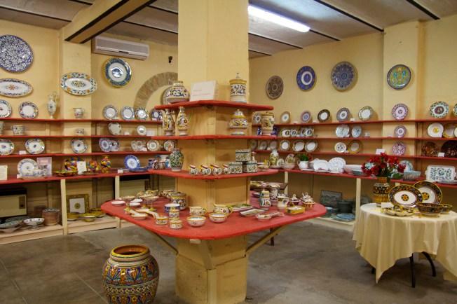 Grazie Ceramics shop