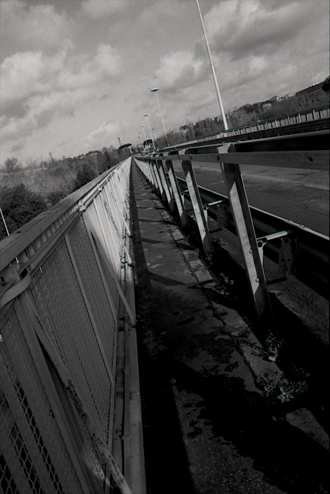 My morning walk, getting stuck on the highway overpass, while trying to meet my friend.