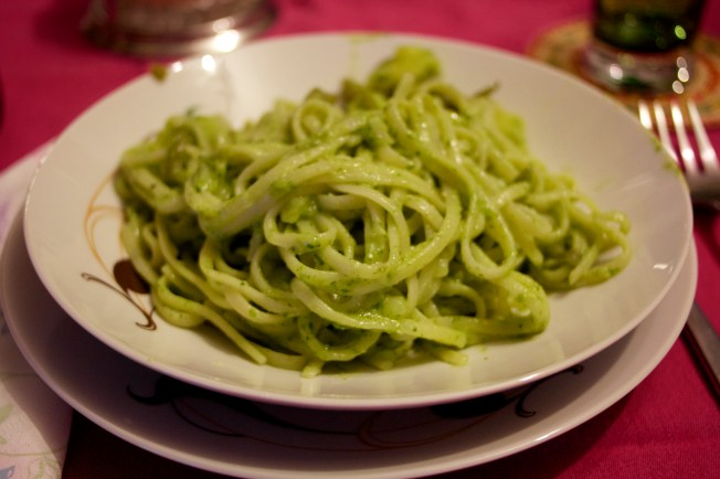 The aunt explained to me how to make the traditional Pasta with Pesto al Genovese dish. I will not be able to make it has good as her.