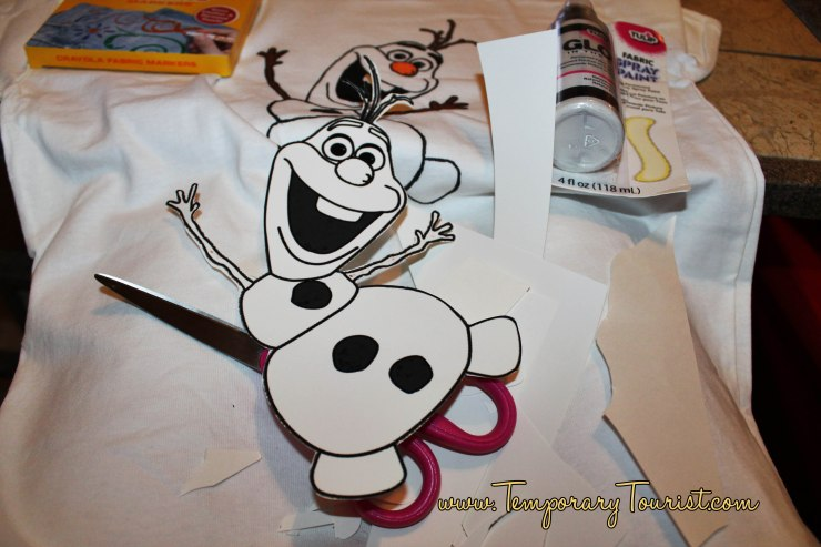 DIY Frozen T-shirts, Make Olaf Glow in The Dark!