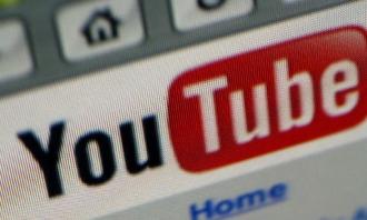 """Google, propriétaire de YouTube, s'est dit """"un peu inquiet"""" par la nouvelle loi italienne (Sipa)"""