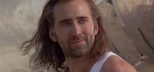 Nicolas Cage irriconoscibile alla Premiere del suo film