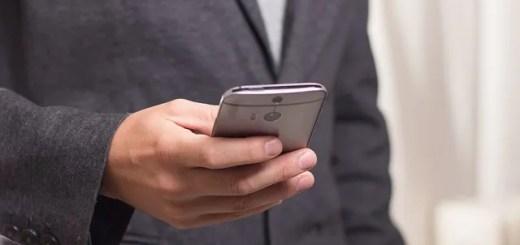 Samsung Galaxy S10 risposta problema impronte digitali