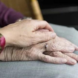 Farmaco Alzheimer approvato in Cina