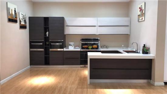 kitchen island with range shabby chic decor 6款厨房吧台设计 享受的就是生活 腾讯家居 1007 jpg