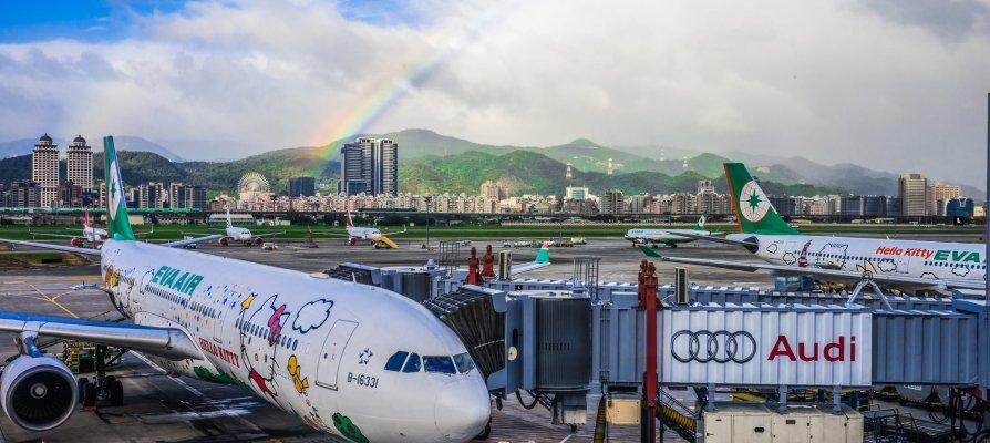 長榮航空/臺北辦公室(松山機場、桃園機場)聯絡資訊,提供訂位、票務、報到、機場、航班諮詢與行李查詢服務