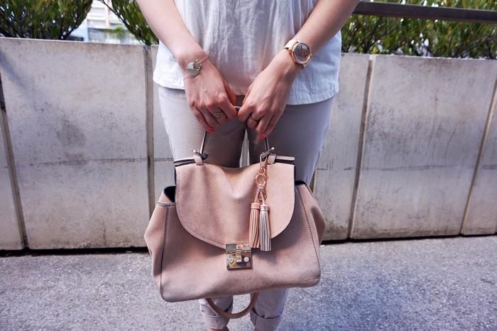 look beige bijoux et sac