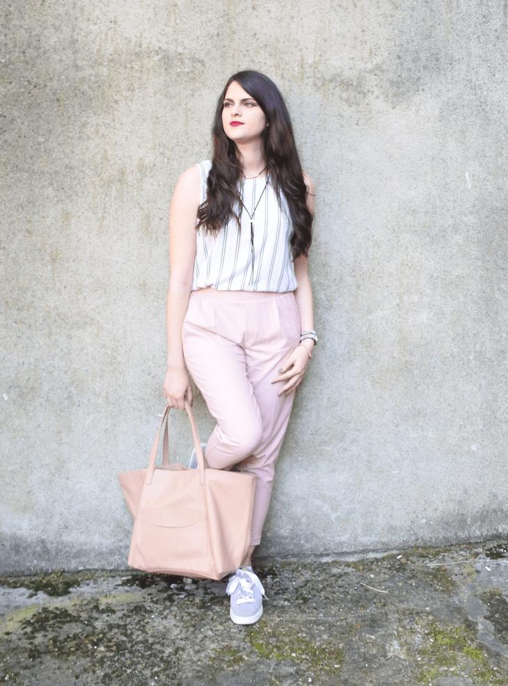 look pantalon rose tendance clemence blog mode