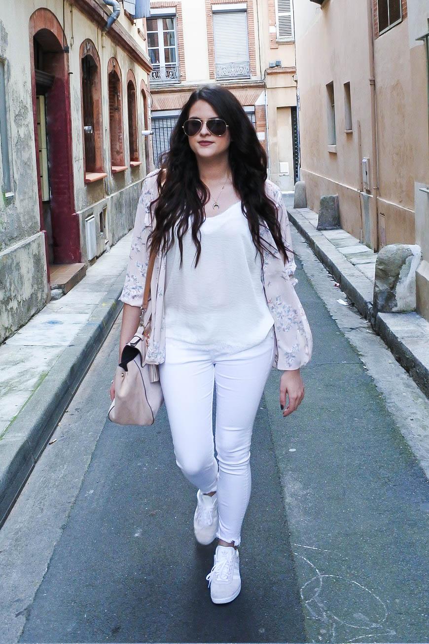 Look chemise fleurie Tendance Clémence blog mode Toulouse