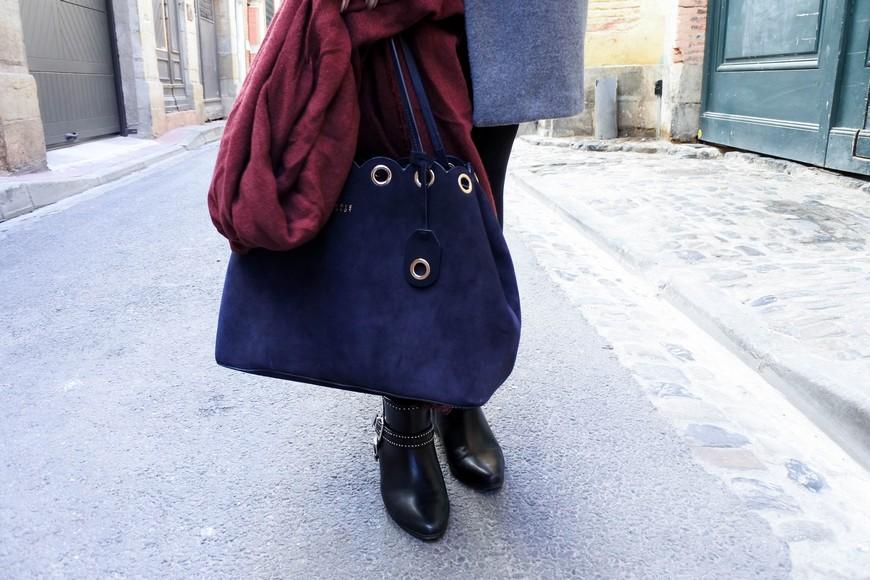 Look n°105 • Blouse rayée et manteau de mi-saison