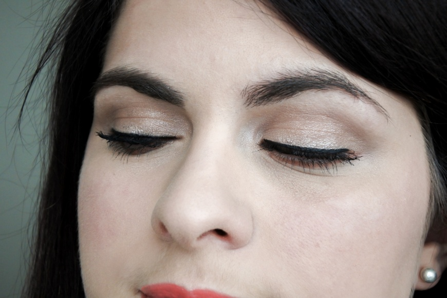 Tutoriel • Make-up Day and Night avec la Burgundy Bar