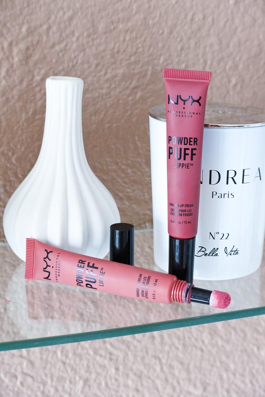 Un effet poudré sur les lèvres avec les Powder Puff Lippie NYX