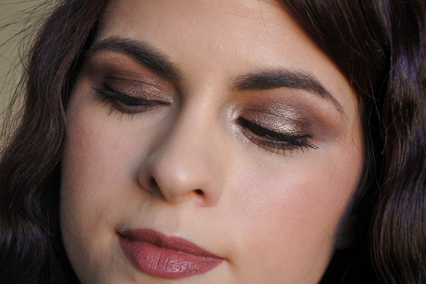 Tutoriel maquillage taupe métallique