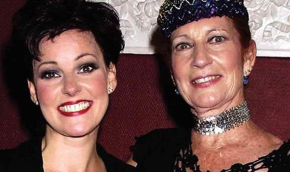 Ruthie Henshall y madre Gloria