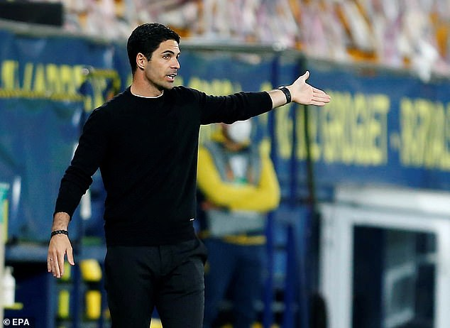 Mikel Arteta slammed his side for being 'disorganised', a problem Arsenal have had for years