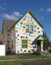 casas colores fachadas casa fuera pintar exteriores fachada pintada pintadas lunares topos crema hogar imagenes tendenzias dise galer milideas articulo