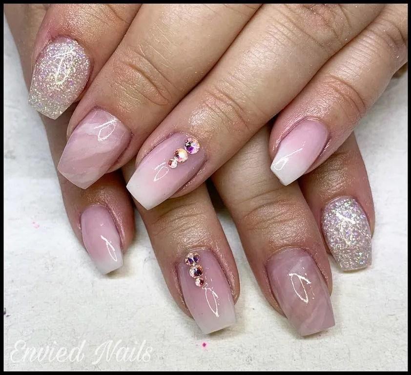 Uñas Postizas Color Rosa Pastel Con Piedras Decorados De Uñas