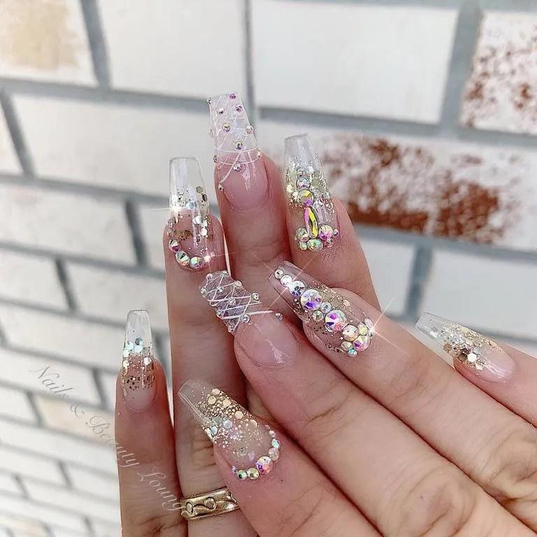 Diseños De Uñas Con Piedras 2019 Decoración De Uñas