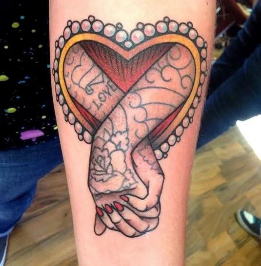 Tatuajes De Corazones Para Mujeres En La Espalda