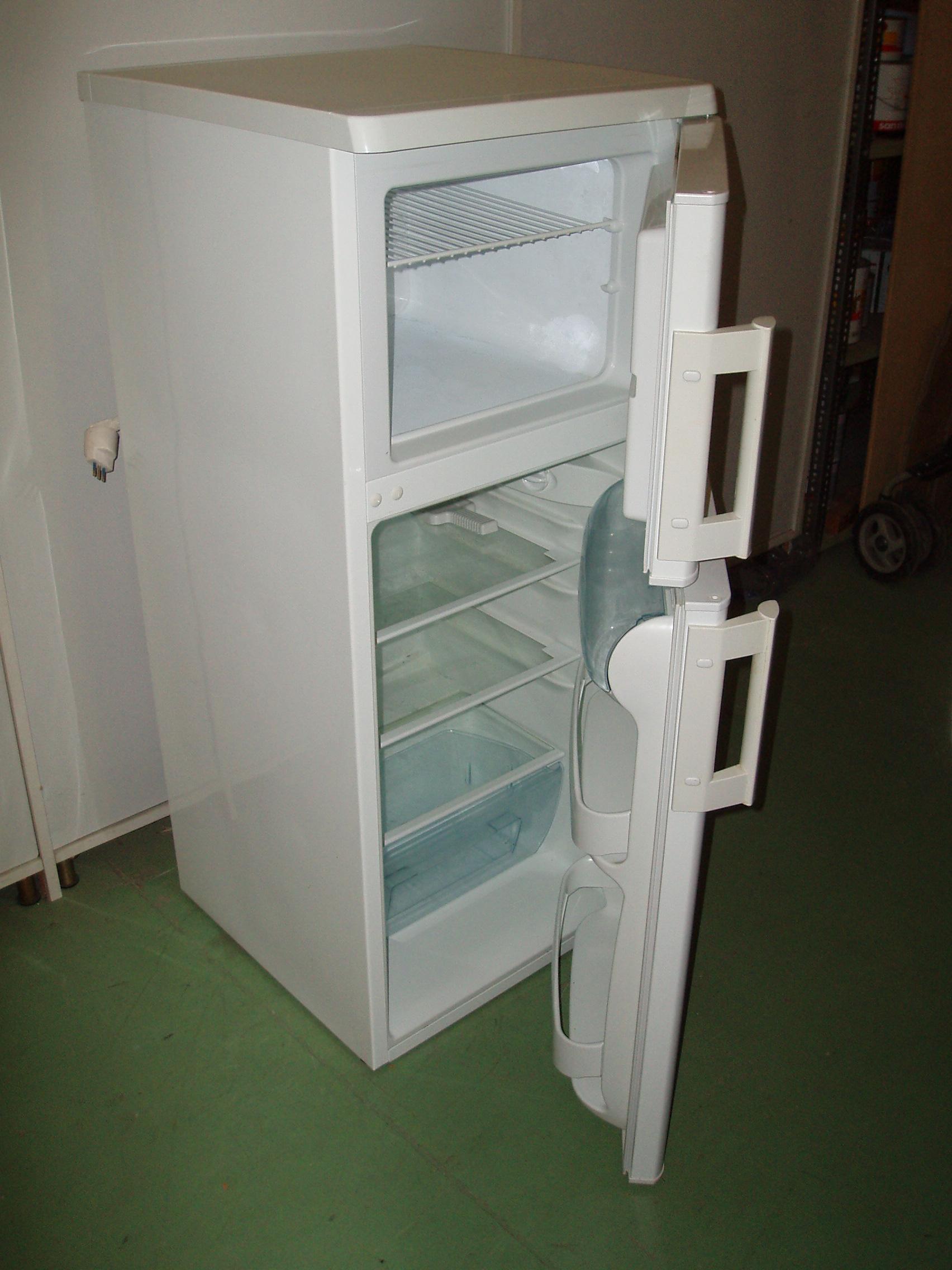 frigo electrolux rex  Il Tendone solidale mercatino dell