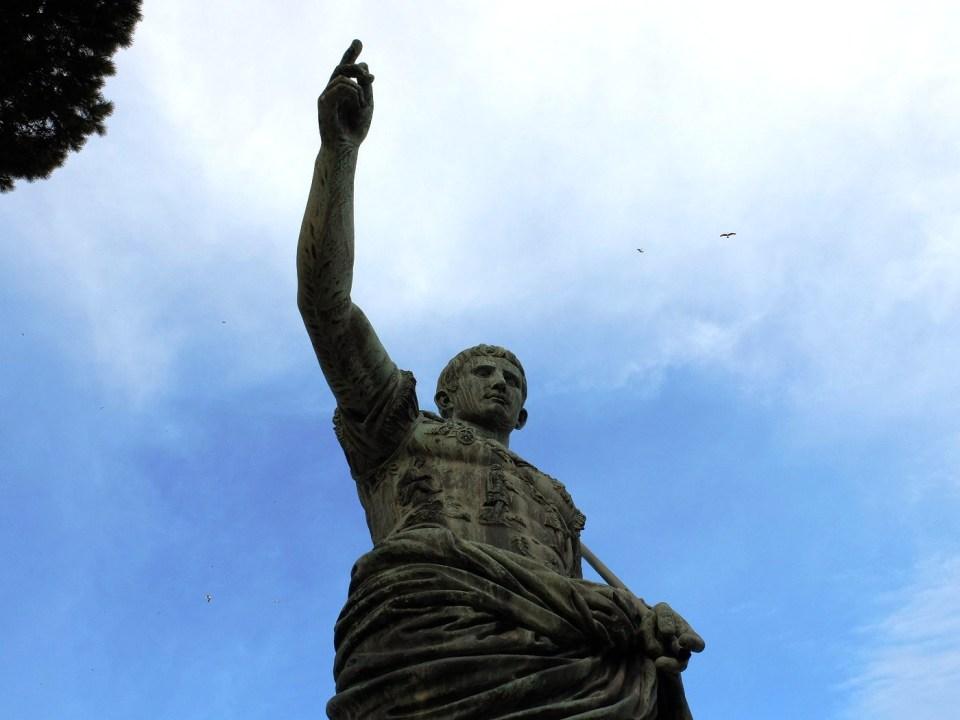 Statue d'Auguste à Rome