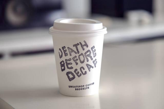 Beskofeinska kava! Ima li to zbilja smisla?