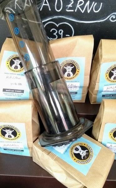 Kupi Teneo kavu u zrnu za AeroPress