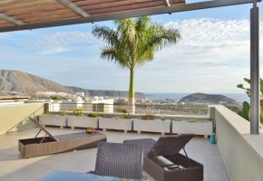 3 Bed 3 Bath Penthouse With Pool for sale  in Caldera Del Rey  – 650,000€