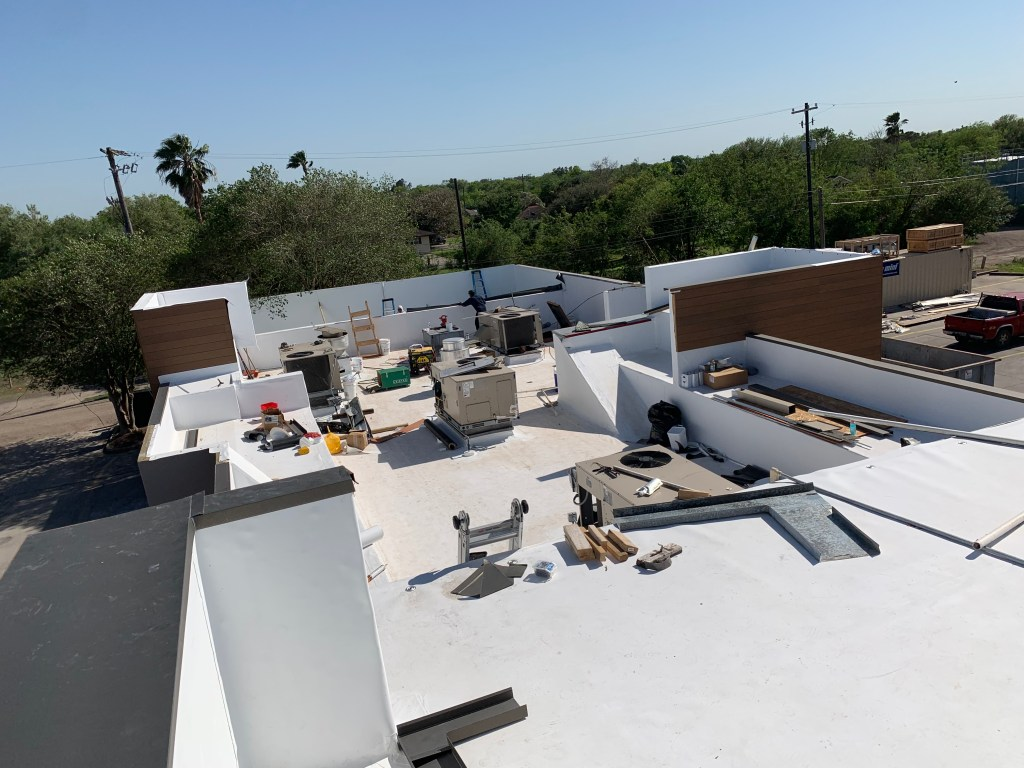 commercial roofing and repairs