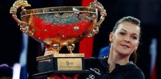 La número 3 del mundo levanta el trofeo en China