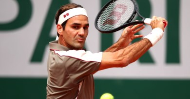 Roger Federer defeats Sonego to reach the 2nd Round