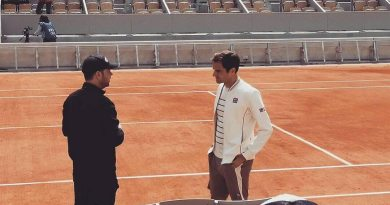 Watch: Federer 1st Practice at Roland Garros 2019