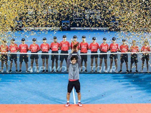 西岡良仁選手ツアー初制覇!!深センオープン決勝フルセットで制して日本人男子5人目のツアー優勝者になる。