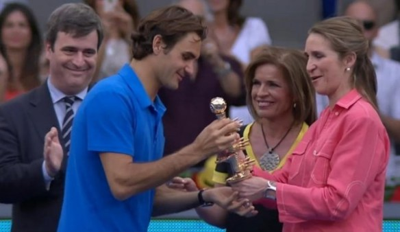 Madrid 2012 Roger Federer trophy presentation sceptor golden photos images screencaps