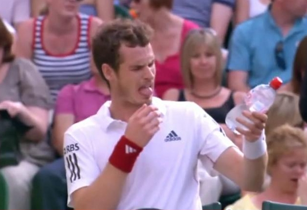 Andy Murray bad water Wimbledon tongue bleh red wristband Adidas pictures photos images screencaps