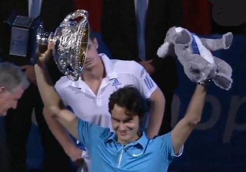 Australian Open Roger Federer trophy stuffed koala bear Andy Murray 2010 winner photos screencaps