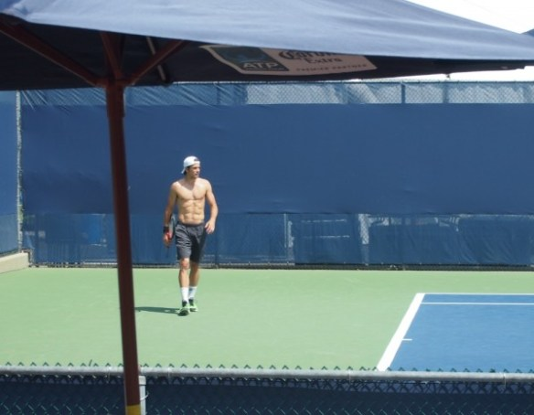 shirtless Tommy Haas Vling party deck umbrella topless practice Cincinnati Open photos pictures images